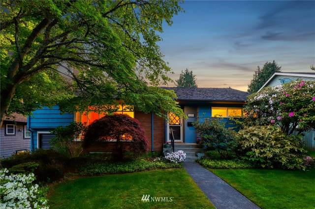 9221 47th Avenue SW, Seattle, WA 98136 (#1794509) :: The Kendra Todd Group at Keller Williams