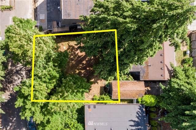 14015 Lenora Place N, Seattle, WA 98133 (#1794616) :: Beach & Blvd Real Estate Group