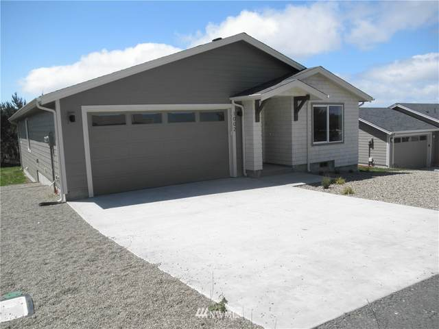 1002 315th, Ocean Park, WA 98640 (#1794665) :: Commencement Bay Brokers