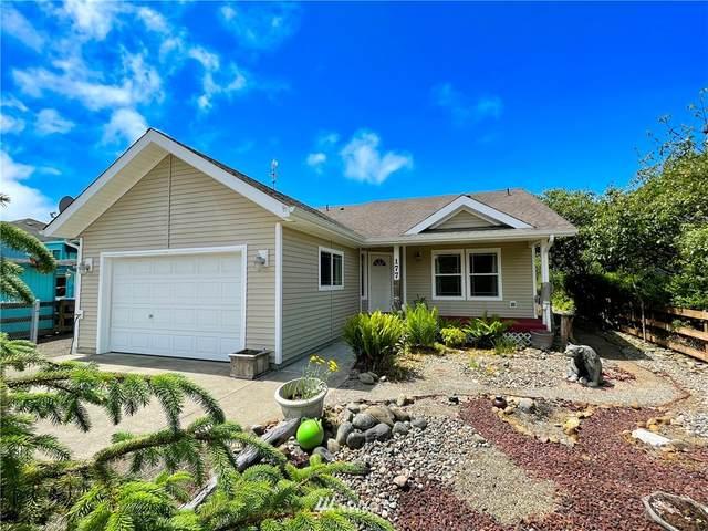 177 Canal Drive NE, Ocean Shores, WA 98569 (#1794746) :: Home Realty, Inc