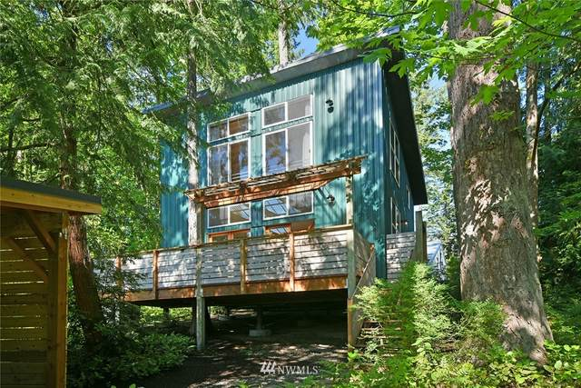 674 Moji Lane NW, Bainbridge Island, WA 98110 (#1795382) :: McAuley Homes
