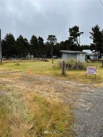 29102 H Street, Ocean Park, WA 98640 (#1795418) :: Simmi Real Estate