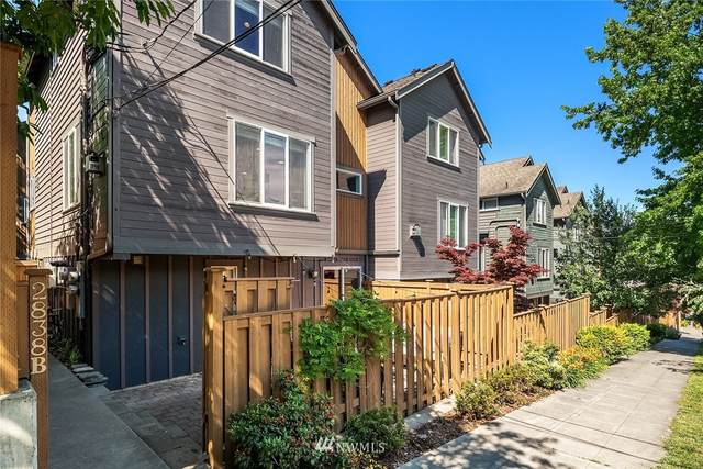 2838 SW Adams Street B, Seattle, WA 98126 (#1795508) :: The Royston Team