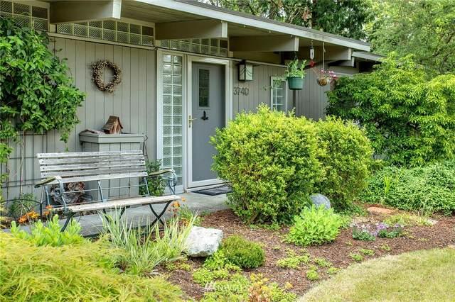 3740 148th Avenue SE, Bellevue, WA 98006 (#1795957) :: Lucas Pinto Real Estate Group