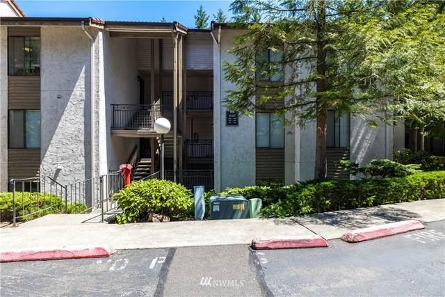 10507 NE 32nd Place H104, Bellevue, WA 98004 (#1796131) :: Better Properties Real Estate