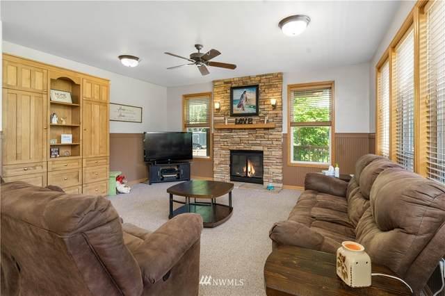33104 210th Avenue SE, Auburn, WA 98092 (#1796442) :: Front Street Realty