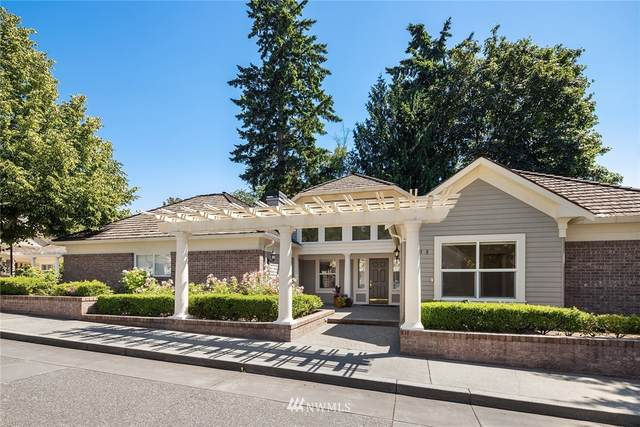 1238 108th Avenue NE, Bellevue, WA 98004 (#1796492) :: The Royston Team