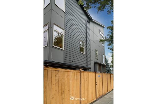 3323 Martin Luther King Jr Way S, Seattle, WA 98144 (#1796902) :: The Kendra Todd Group at Keller Williams