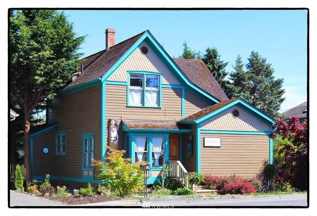605 Maple Avenue, La Conner, WA 98257 (MLS #1797221) :: Brantley Christianson Real Estate