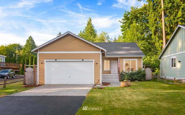 6427 NE Pear Street, Suquamish, WA 98392 (#1797859) :: Alchemy Real Estate