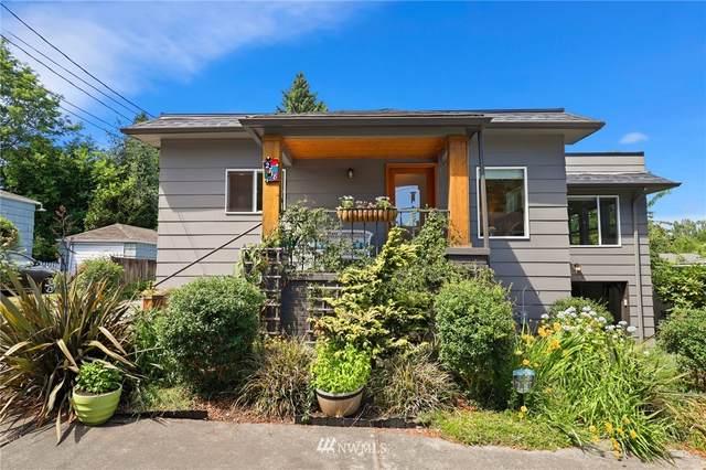 2718 NE 107th Street, Seattle, WA 98125 (#1797968) :: The Kendra Todd Group at Keller Williams
