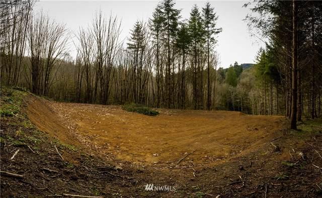 808 Clark Creek Road, Longview, WA 98632 (#1798427) :: Stan Giske