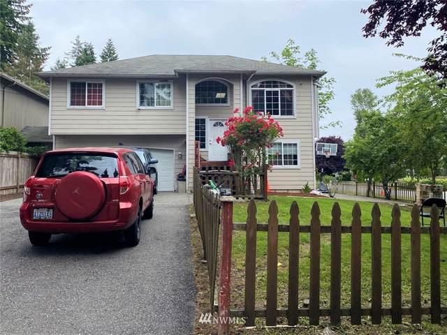 817 121st Street SW B, Everett, WA 98204 (#1798458) :: Keller Williams Realty