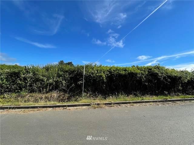 4769 Seaview Way, Moclips, WA 98562 (#1798876) :: Keller Williams Realty