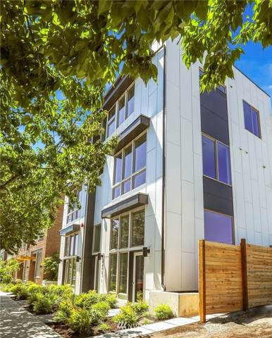 4407 42nd Avenue SW C, Seattle, WA 98116 (#1799350) :: Lucas Pinto Real Estate Group