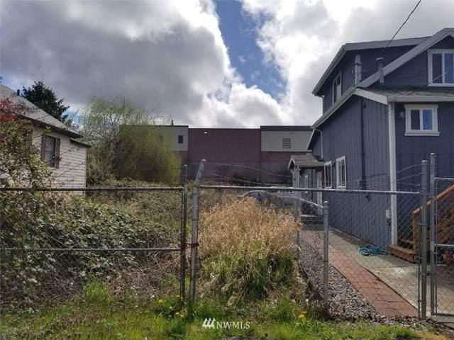 5153 S Director Street, Seattle, WA 98118 (#1799573) :: Stan Giske