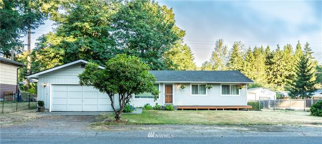 17411 117th Avenue SE, Renton, WA 98058 (#1799742) :: Keller Williams Realty