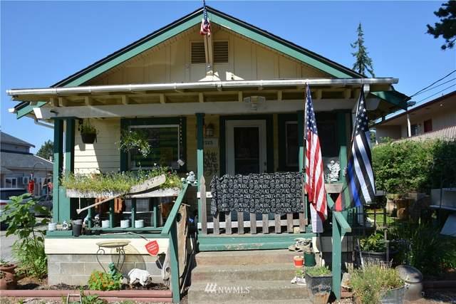 2325 Valencia Street, Bellingham, WA 98229 (#1800638) :: Stan Giske