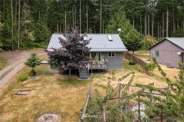 38 Woodhaven Lane, Lopez Island, WA 98261 (#1801316) :: Alchemy Real Estate