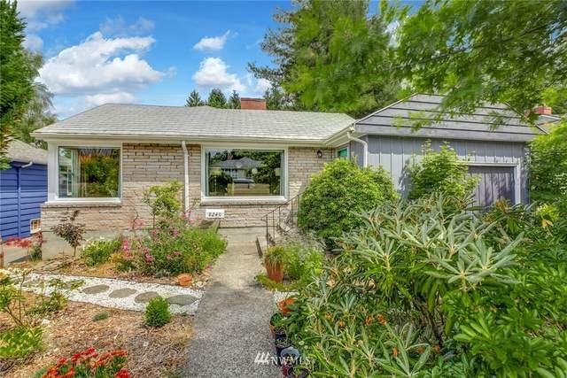 8240 43rd Avenue NE, Seattle, WA 98115 (#1801377) :: Priority One Realty Inc.
