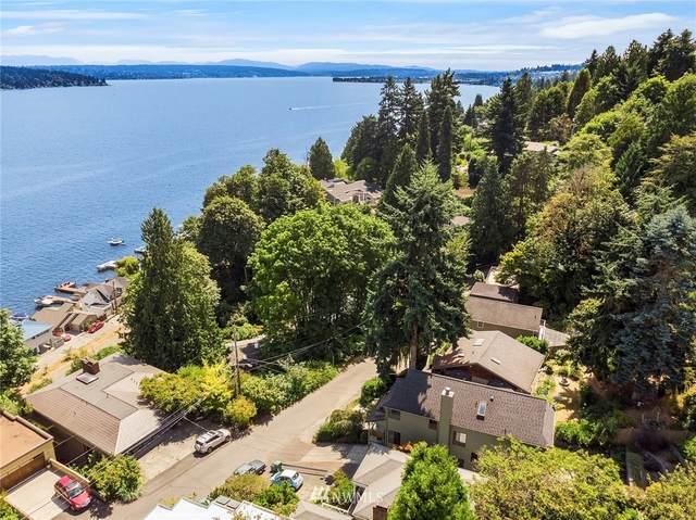 11923 Lakeside Place NE, Seattle, WA 98125 (#1801416) :: Keller Williams Realty