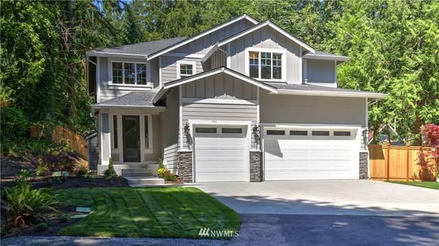 17513 W Lake Desire Drive SE, Renton, WA 98058 (#1801654) :: The Kendra Todd Group at Keller Williams