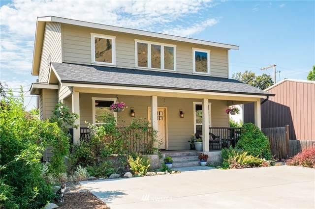 304 Riverside Drive, Cashmere, WA 98815 (#1801798) :: Ben Kinney Real Estate Team