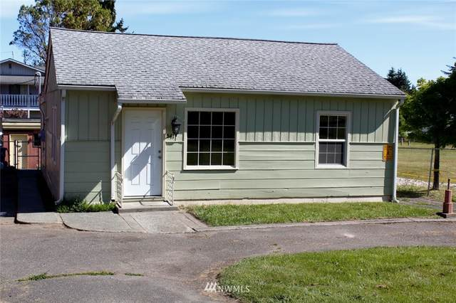 541 Whidby Avenue, Port Angeles, WA 98362 (#1801917) :: Keller Williams Realty