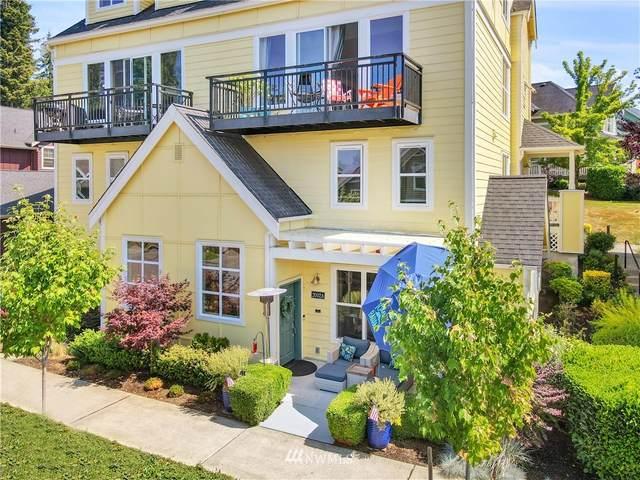 2002 18th Avenue NE, Issaquah, WA 98029 (MLS #1802171) :: Community Real Estate Group