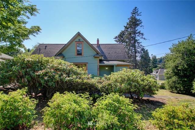 2314 Harris Avenue, Bellingham, WA 98225 (#1802360) :: Alchemy Real Estate
