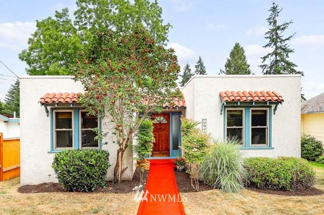 10244 42nd Avenue SW, Seattle, WA 98146 (#1802413) :: Keller Williams Realty