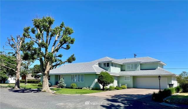 213 SW Regent Avenue, Wilbur, WA 99185 (#1802524) :: Better Properties Real Estate