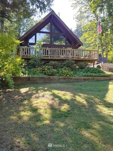 1559 Lake Dr, Camano Island, WA 98282 (#1802550) :: Alchemy Real Estate