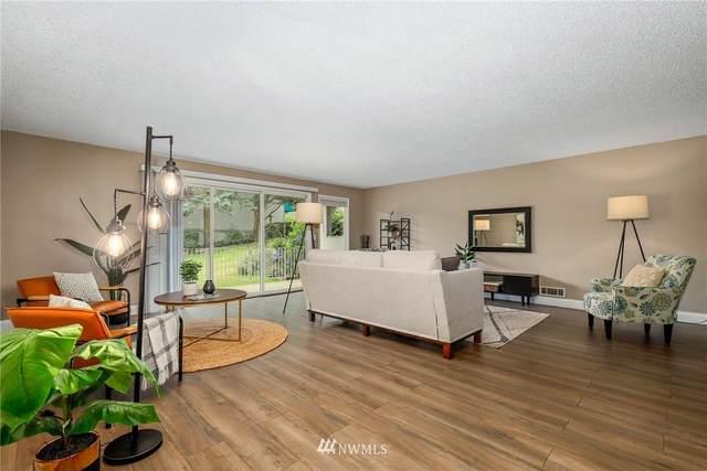 13253 15th Avenue NE B-4, Seattle, WA 98125 (#1802904) :: Stan Giske