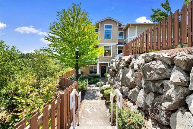 4055 S 212th Court A, SeaTac, WA 98198 (#1803028) :: The Snow Group