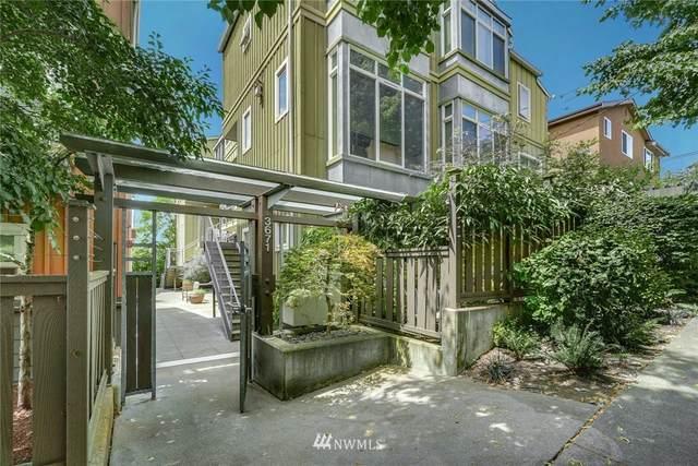 3671 Dayton Avenue N #4, Seattle, WA 98103 (#1803034) :: McAuley Homes
