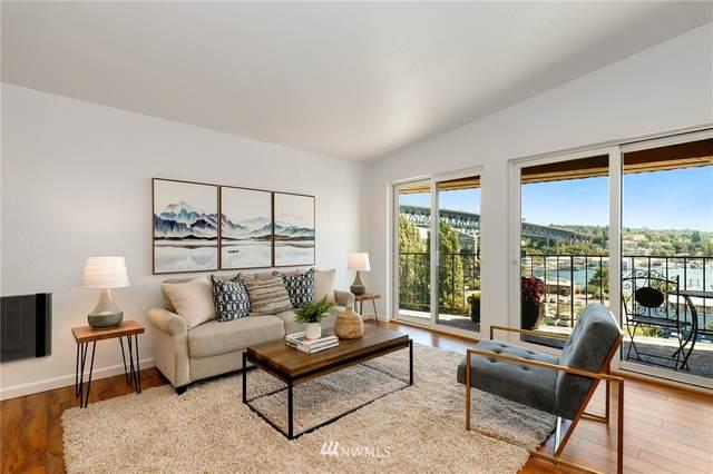 3905 4th Avenue NE #401, Seattle, WA 98105 (#1803378) :: Alchemy Real Estate