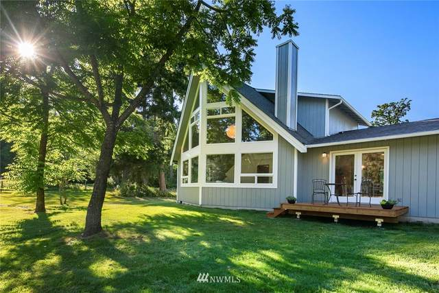 12201 SW 243rd Street, Vashon, WA 98070 (#1804399) :: Better Properties Real Estate