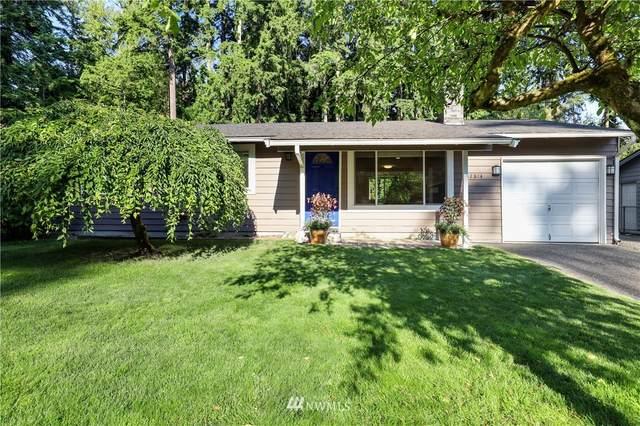 17814 199th Avenue NE, Woodinville, WA 98077 (#1804787) :: Keller Williams Realty