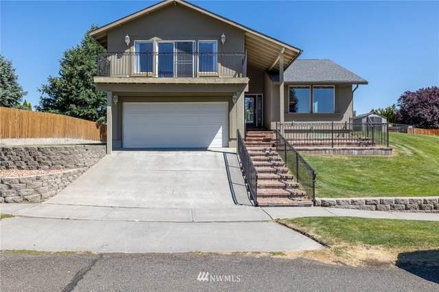 4509 Hilltop Drive, Pasco, WA 99301 (#1804858) :: Alchemy Real Estate