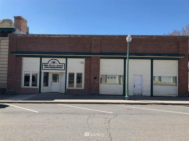 104 N Chelan Avenue, Waterville, WA 98858 (#1804880) :: Shook Home Group