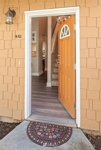 11121 7th Place W 1C, Everett, WA 98204 (#1805081) :: Stan Giske