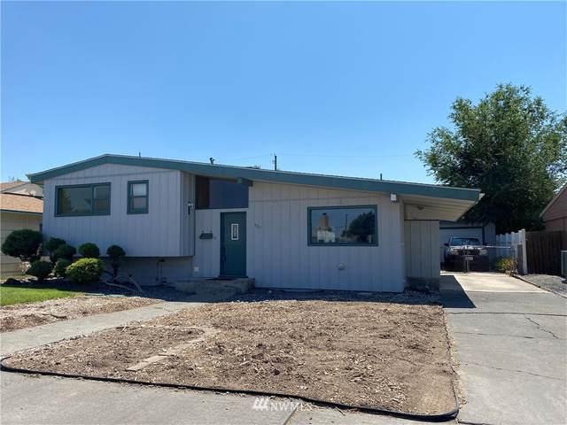 927 E Cherry Avenue, Moses Lake, WA 98837 (#1805289) :: Lucas Pinto Real Estate Group