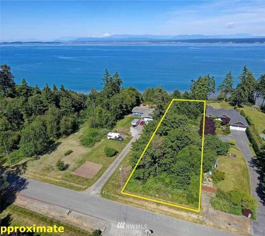0 Cascade View Drive, Camano Island, WA 98282 (#1805621) :: Alchemy Real Estate