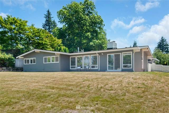 2320 92nd Avenue NE, Clyde Hill, WA 98004 (#1806096) :: The Kendra Todd Group at Keller Williams