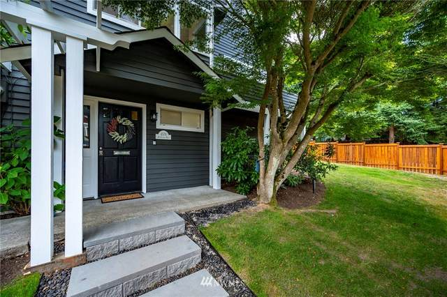 4578 36th Avenue W, Seattle, WA 98199 (#1806262) :: Stan Giske