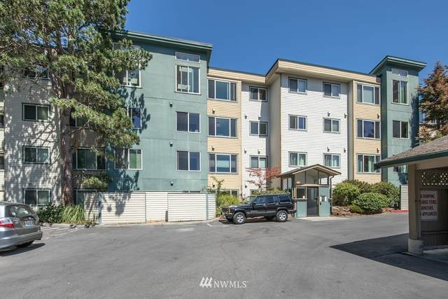 2222 NE 92nd Street #310, Seattle, WA 98115 (#1806339) :: Stan Giske