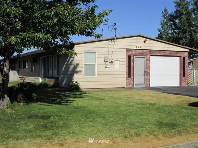 125 Schilling Drive, Moses Lake, WA 98837 (#1806439) :: Stan Giske