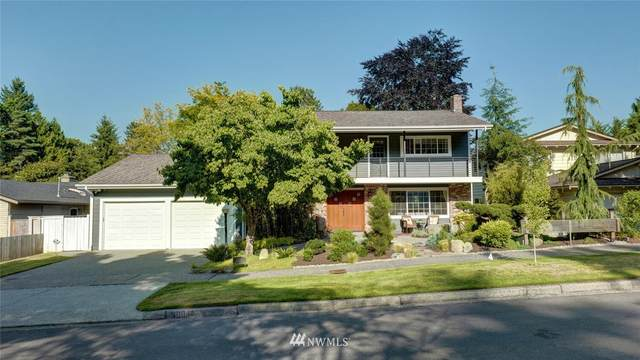 10048 40th Avenue NE, Seattle, WA 98125 (#1806596) :: The Kendra Todd Group at Keller Williams
