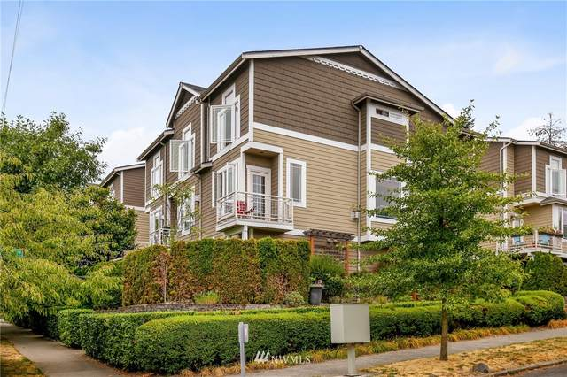 1704 14th Avenue, Seattle, WA 98122 (#1806808) :: Priority One Realty Inc.